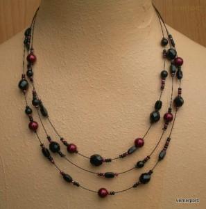 Černo-granátový náhrdelník