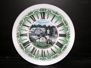 Nástěnné hodiny 26cm Špindlerův Mlýn