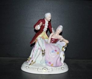 Pán s dámu na divanu 191 saxe