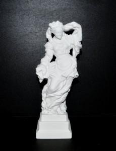 Porcelánová socha Lehkomyslnost