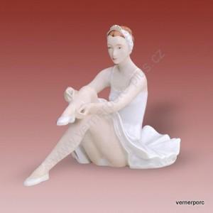 Porcelánová soška - Sedící baletka 22220 natur