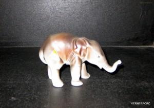 Porcelánová soška - Slůně 350 pastel