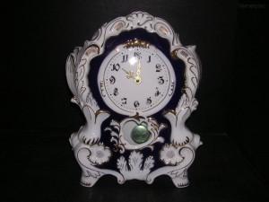 Porcelánové hodiny krbové 6996 32 cm