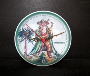 Porcelánové hodiny talířové, Krakonoš 19cm