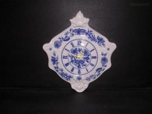 Porcelánové nástěnné hodiny erbovní 27 cm