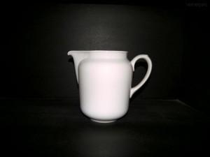 Porcelánový džbán 2l. , nemocniční džbán