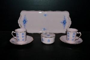 Přátelská souprava Amis 09 z růžového porcelánu 7 dílná