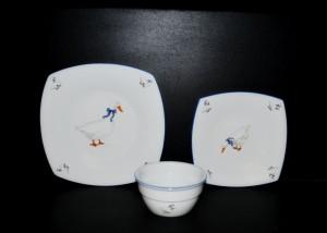 Sada talířů 18 dílná, porcelán Husa