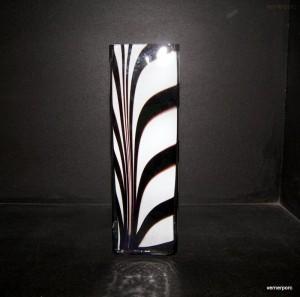 Váza hranatá ZEBRA 25cm.