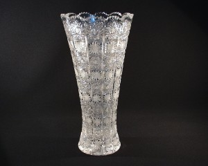 Váza křišťálová broušená 80019/57001/355  35cm.