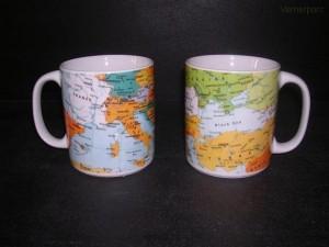 Velký porcelánový hrnek, dekor mapy 0,5 l. 2 ks.