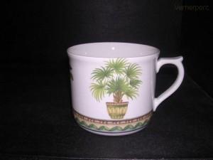 Velký porcelánový hrnek s potiskem palmy 0,7 l.