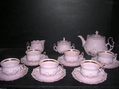 Čajová souprava Lenka z růžového porcelánu Thun