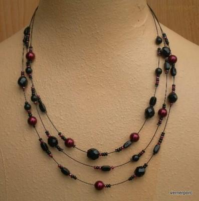 Černo-granátový náhrdelník MČ