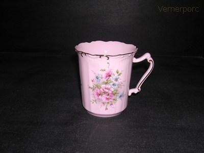 Hrnek Amis 013 0,25 l. z růžového porcelánu Leander Loučky