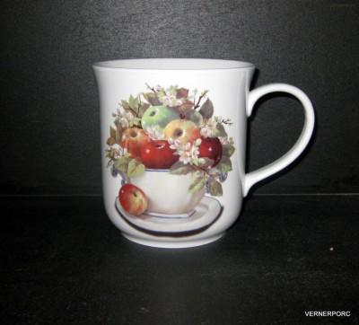 Hrnek Golem, dekor jablka 1,5l Český porcelán