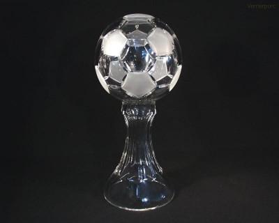 Pohár fotbalový míč křišťál 77040/00000/300 30cm. Tom Crystal Bohemia