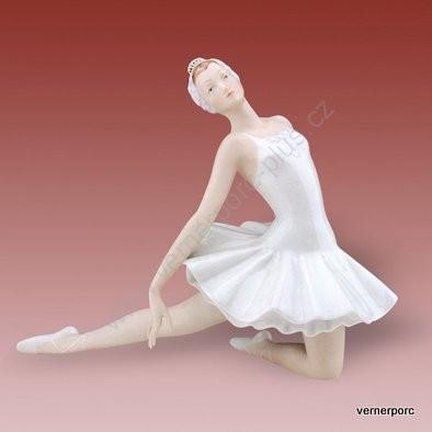 Porcelánová soška baletky Royal Dux Bohemia