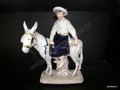 Porcelánová soška chlapce na oslíku Royal Dux Bohemia