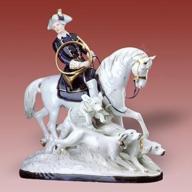 Porcelánová soška lovce na koni se psy Royal Dux Bohemia