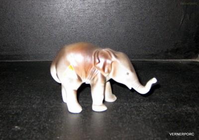 Porcelánová soška - Slůně Royal Dux Bohemia