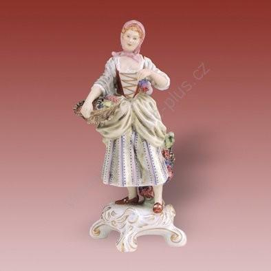 Porcelánová soška vinařky Royal Dux Bohemia
