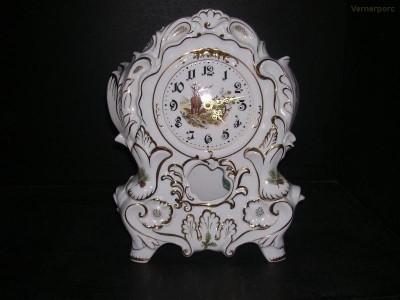 Porcelánové krbové hodiny 32 cm Leander Loučky