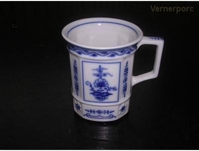 Porcelánový hrnek hranatý 55 0,25 l. Leander Loučky