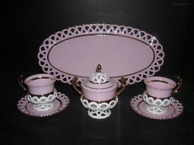 Čajová souprava Byzant z růžového porcelánu Thun
