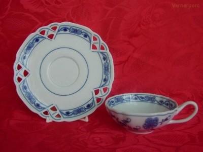 Šálek s podšálkem na čaj, ozdobný 0,2 l. Český porcelán
