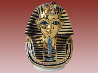 Tutanchamon isis Royal Dux
