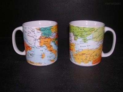 Velký porcelánový hrnek, dekor mapy 0,5 l. 2 ks. Thun