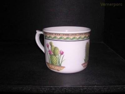 Velký porcelánový hrnek s potiskem kaktusu 0,7 l. Leander Loučky